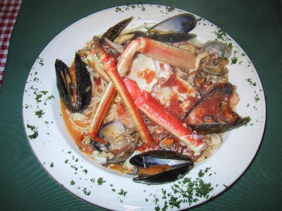 Windermere, Canada: Linguine Pescatore - A Seafood Lover's Delight