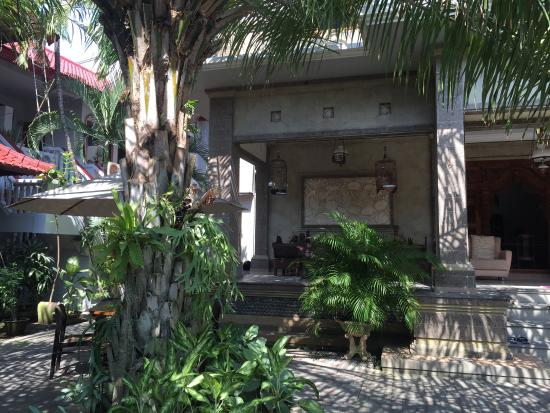 """Nakula Familiar Inn : Great family-run affordable and clean hotel in low-key family style. Not a total """"tourist experi"""