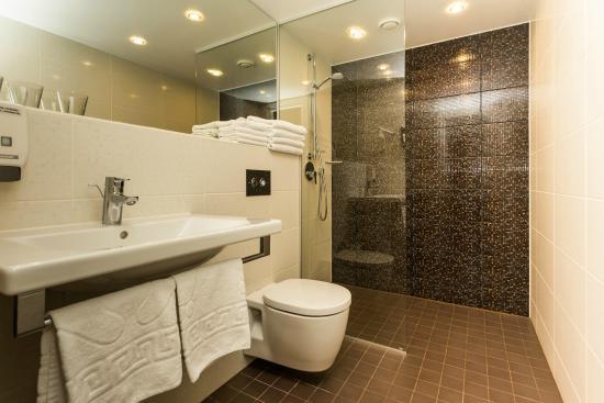 Oru Hotel : Bathroom