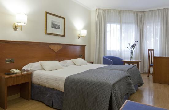 Photo of Hotel Alixares Granada