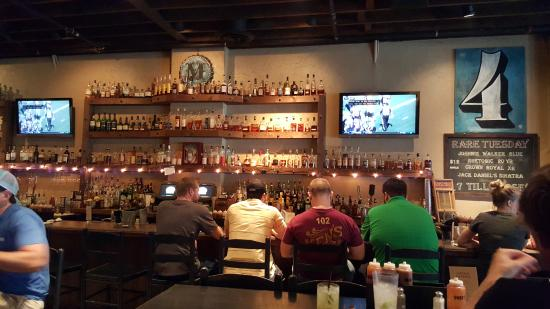 MOJO Number 4, Urban BBQ Whiskey Bar : Friendly Long Bar