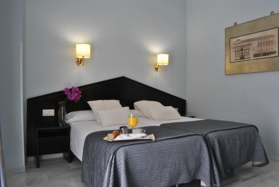 Navas Hotel