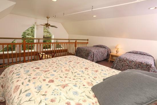 Warren, Вермонт: Loft area in the 5 Bedroom