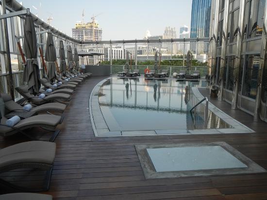 Armani hotel dubai picture of armani hotel dubai dubai for Armani dubai
