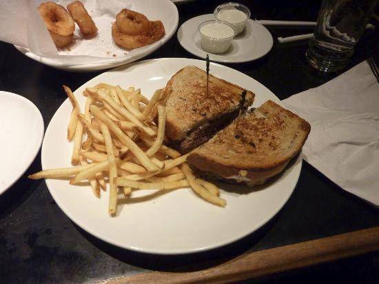 Rosie's Cafe: Patty Melt