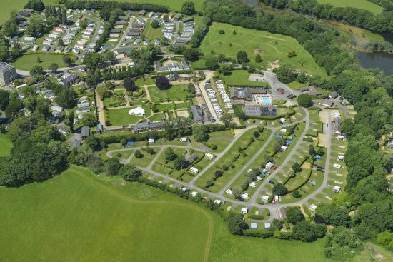 Merley Court Holiday Park: Aerial view of the park
