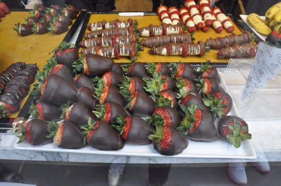 Godiva Chocolatier - Rockefeller Plaza