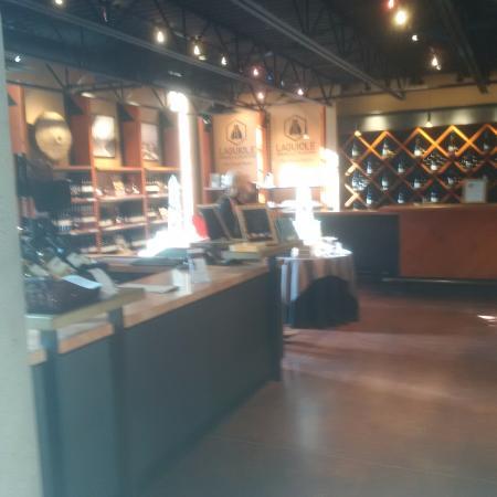 West Kelowna, Kanada: Store