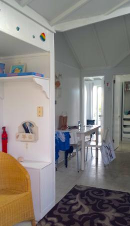 Margarita Villas: Looking toward the dining area from living room