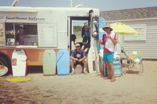Bridgehampton, NY: Hanging with the ice cream man.