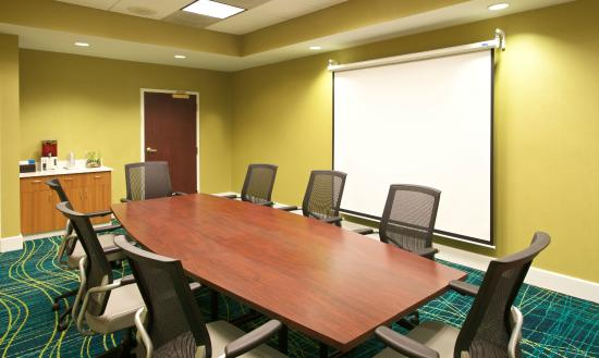SpringHill Suites Baltimore BWI Airport : Meeting Space