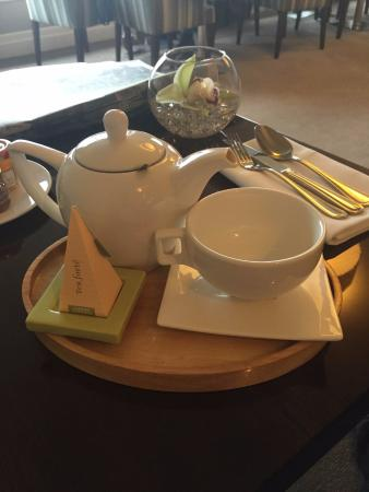 Pullman Auckland: High quality tea at the executive lounge