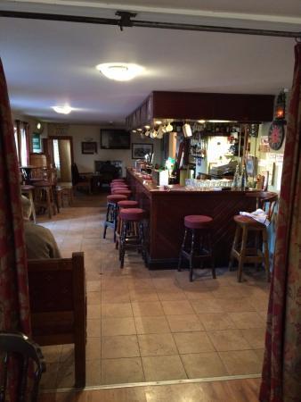 Sibin Pub and Restaurant: Bar