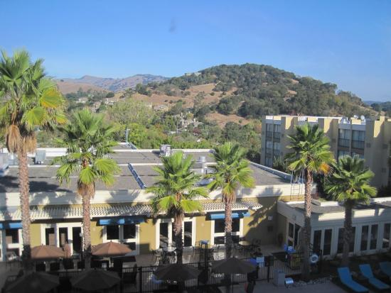 Four Points by Sheraton San Rafael: View from 4th Floor
