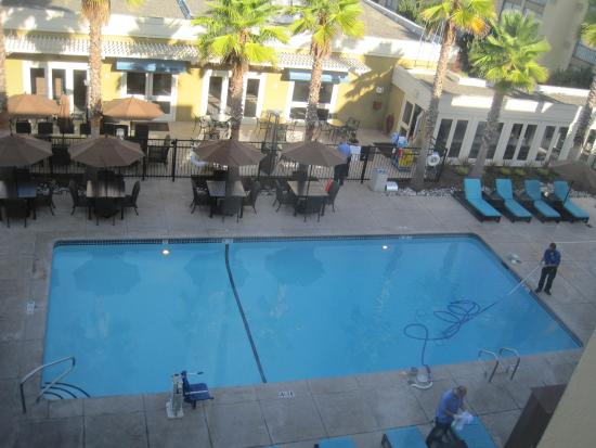 Four Points by Sheraton San Rafael: Pool from Room