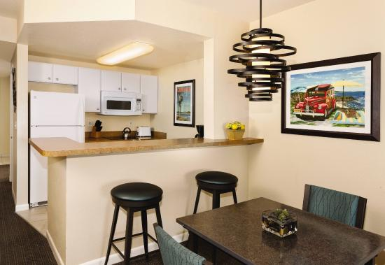 WorldMark Oceanside Harbor: Studio Kitchen