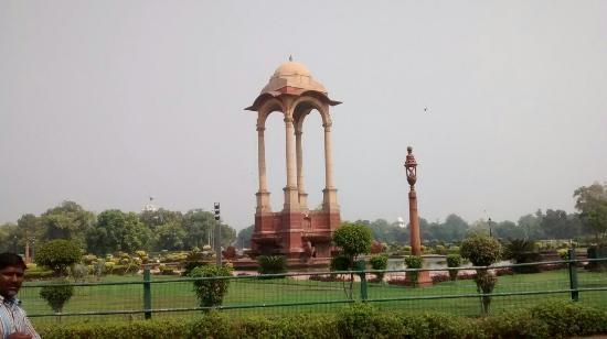 India Gate: IMG_20151017_113611698_large.jpg