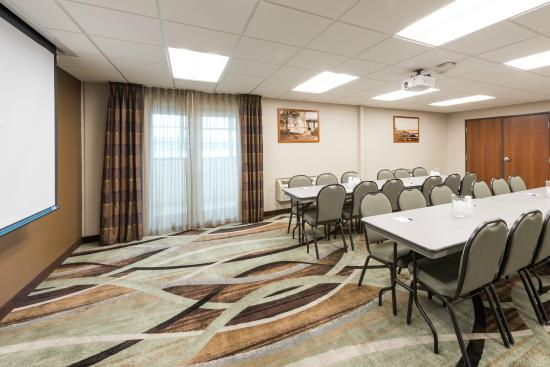 Baymont Inn & Suites Bellevue: Meeting Room