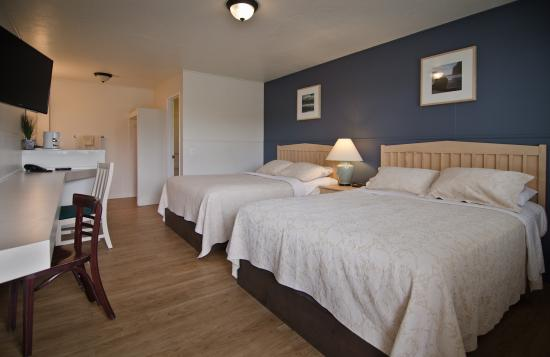 Pacific Reef Hotel: Only Ocean Side Economy Room in Gold Beach
