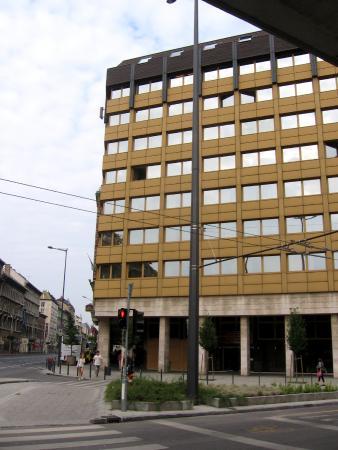 Hotel Hungaria City Center: Vista esterna