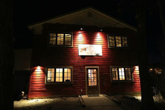 Adirondack coffee: The building at night