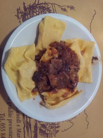 Vicchio, อิตาลี: tortelli di patate con funghi porcini