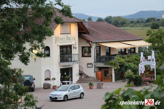 "Café-Restaurant ""Moselbrück"""