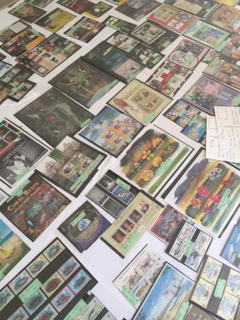 Tuvalu Philatelic Bureau: Cards on display