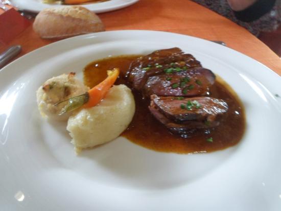 Restaurant La Liodiere: canard et ses navets au foie gras et sa sauce divine!
