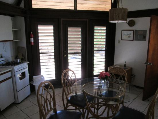 Guavaberry Spring Bay Vacation Homes: Living room, dining area