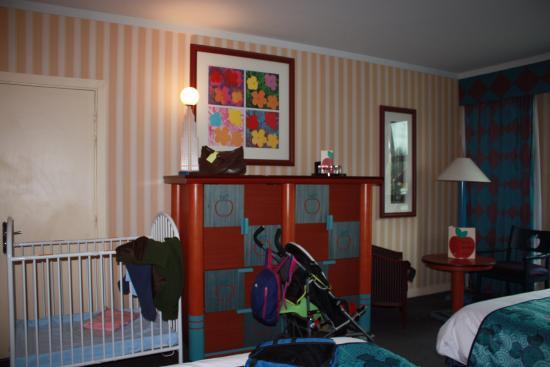 chambre de l 39 hotel new york photo de disney 39 s hotel new york chessy tripadvisor. Black Bedroom Furniture Sets. Home Design Ideas