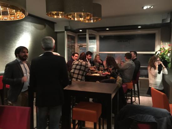 Wine Bar Non Peut-Etre: Belle soirée pour terminer une semaine au boulot :-)