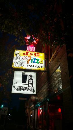 J & G Pizza Palace: IMG_20151027_185644946_HDR_large.jpg