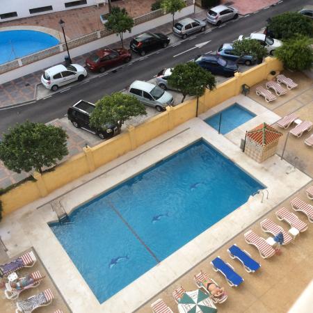 Aparthotel Veramar Malaga: Pool