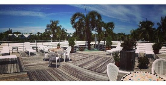 El Patio Motel: Rooftop Deck  El Patio Key West