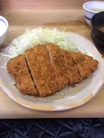 Tonkatsuimoya: とんかつ定食