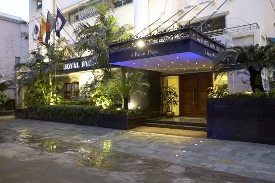 로열 파크 레지던스 호텔