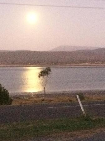 Pastimes : The moon over the Tamar River
