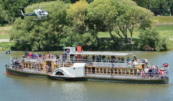 Wanganui, Νέα Ζηλανδία: Waimarie Paddle Steamer is available for private charter cruises
