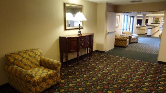 Country Inn & Suites By Carlson, Bothell: Cozy common areas