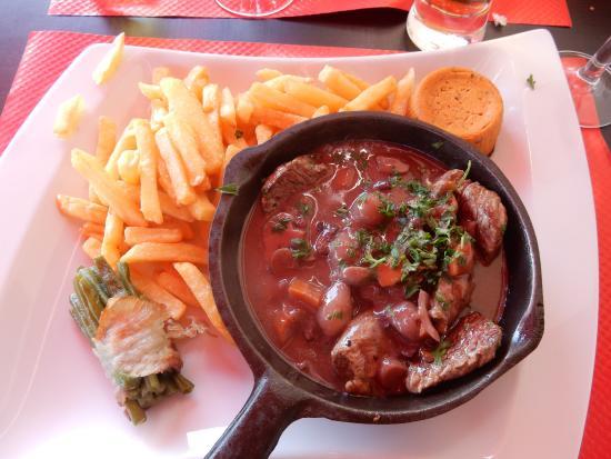 Eminc d 39 onglet sauce bourguignonne et ses l gumes bild - La table du boucher villeneuve d ascq ...