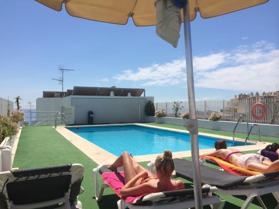 Marbella Inn: Piccola piscina ultimo piano