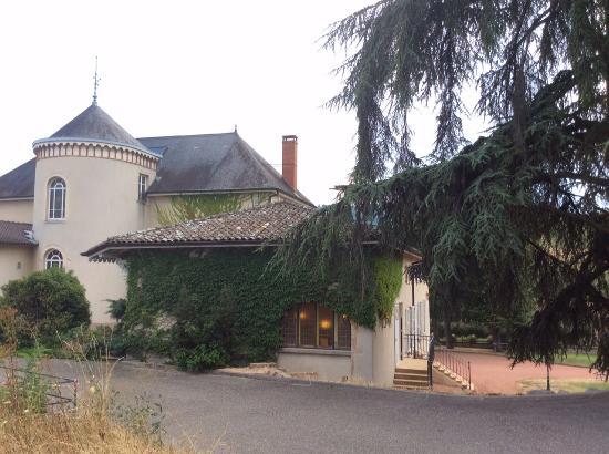 Chateau des Loges : arrière du château