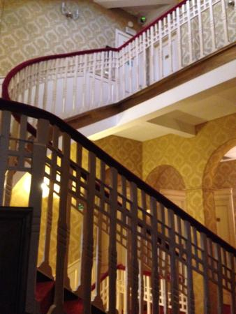 Villa Delle Palme: escaliers