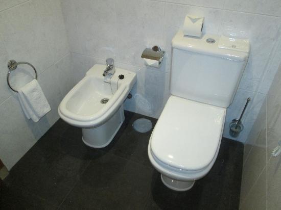 WC+Bidet - Foto de Vila Galé Porto, Porto - TripAdvisor on