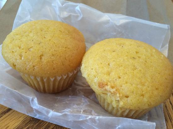 Durham's Best Barbeque: Durham's Corn Muffins