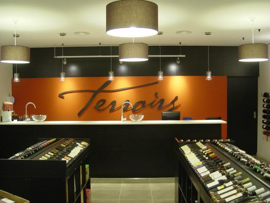 Terroirs Cave a Vin