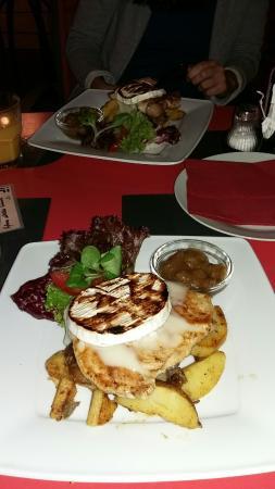 iF Cafe: Vacsora
