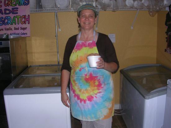 Fruitland Park, FL: Owner/server....very accommodating!