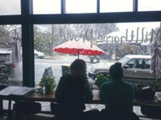 Millthorpe, أستراليا: Snow time!